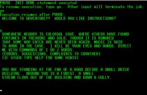 Pelin aloitusteksti, Colossal Cave Adventure, Will Crowtherin alkuperäinen versio (1975). Kuvalähde: Wikipedia.